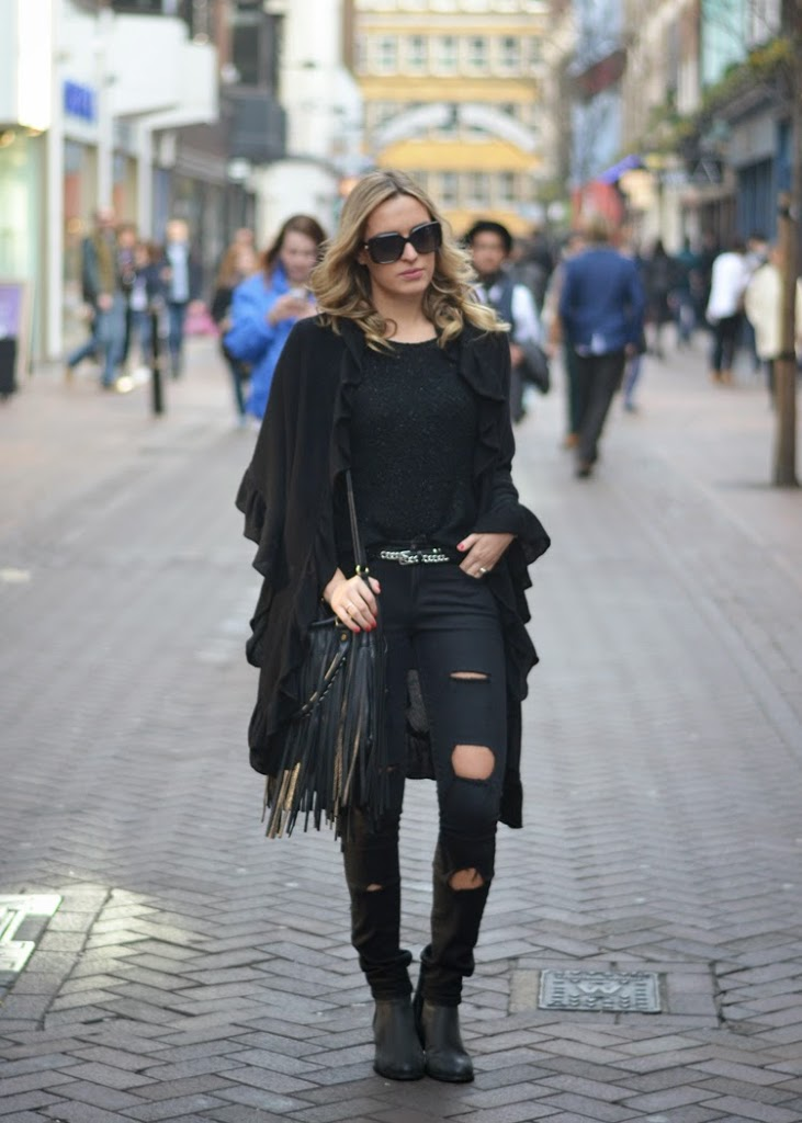 all-black-look-fringe