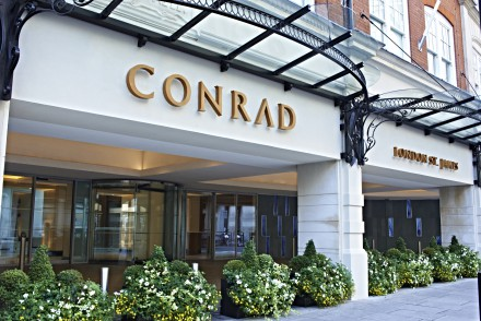 conrad st james, afternoon tea, summer in the city, afternoon tea in london