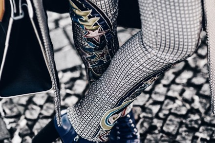 Berlin Fashion Week 2017, Mary Katrantzou, blue boots, Louis Vuitton bag